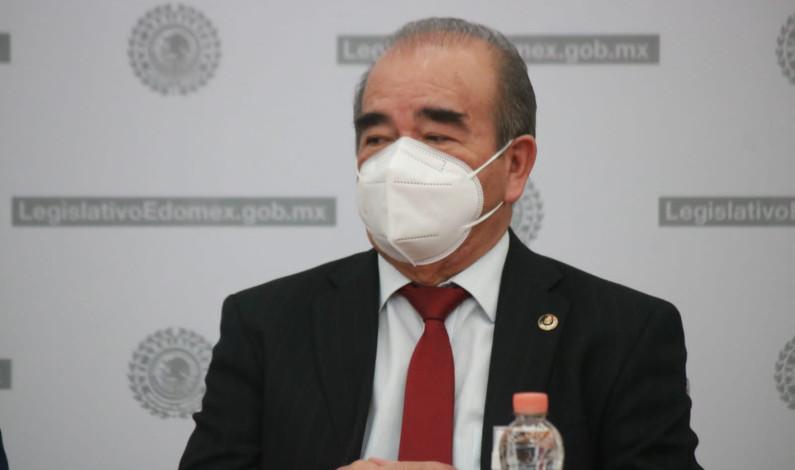 EL PAN OBSESIONADO CON EL SENADOR HIGINIO: MAURILIO HERNÁNDEZ